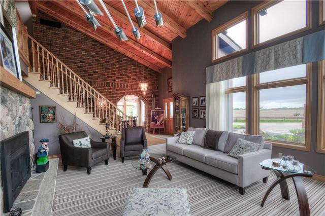 Rural Residence at 7648 Wellington Rd 12, Mapleton, Ontario. Image 16