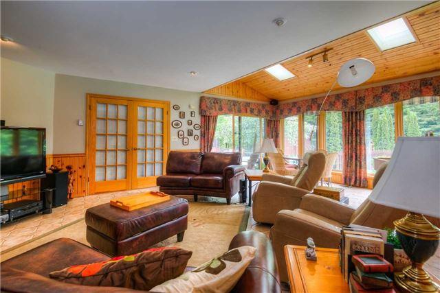 Rural Residence at 7648 Wellington Rd 12, Mapleton, Ontario. Image 4