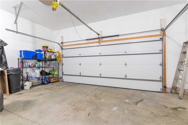 Detached at 53 Penetangore  Row S, Huron-Kinloss, Ontario. Image 13