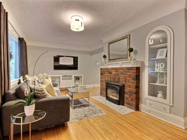 Detached at 159 Russell Ave, St. Catharines, Ontario. Image 15