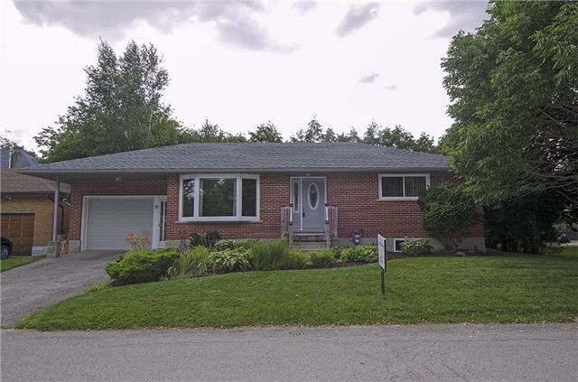 Detached at 30 Ponsford St, East Luther Grand Valley, Ontario. Image 10