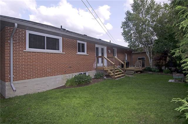 Detached at 30 Ponsford St, East Luther Grand Valley, Ontario. Image 12