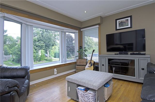 Detached at 30 Ponsford St, East Luther Grand Valley, Ontario. Image 13