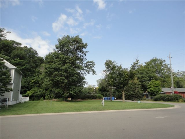 Vacant Land at 55 Newport Beach Blvd, Fort Erie, Ontario. Image 4