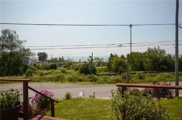 Detached at 28 Alexander St, Port Hope, Ontario. Image 14