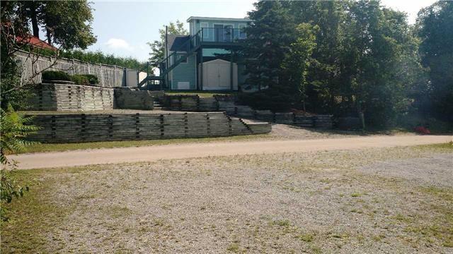 Detached at 123 Fell's Point Rd, Kawartha Lakes, Ontario. Image 8