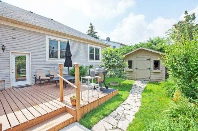 Detached at 10 Baker Rd S, Grimsby, Ontario. Image 10