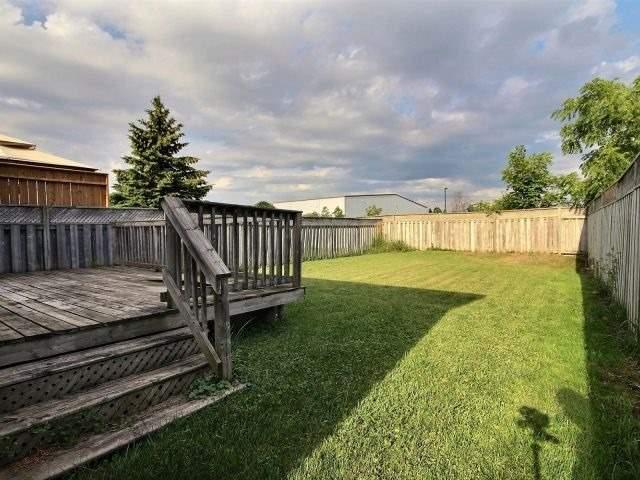 Semi-detached at 201 King St, Stratford, Ontario. Image 10