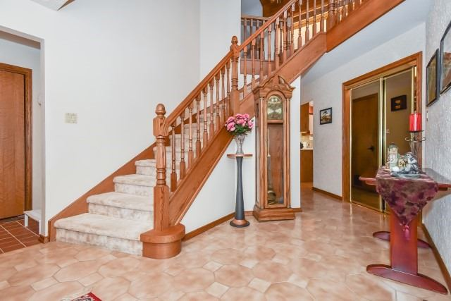 Detached at 627 Manchester Rd, Kitchener, Ontario. Image 14