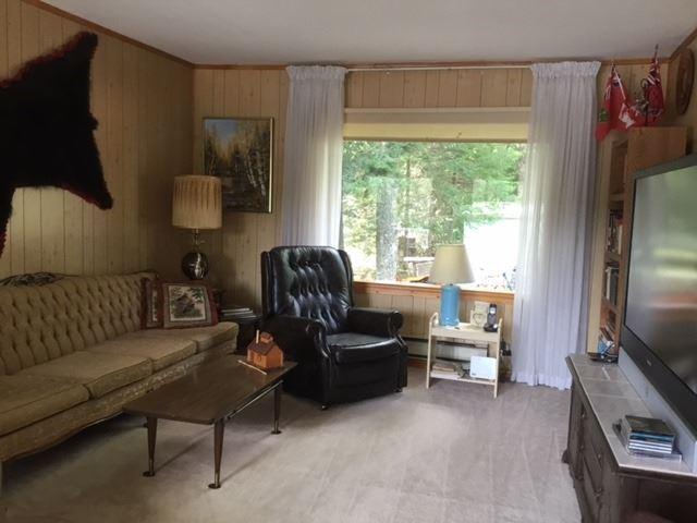 Cottage at 1449 Schwandt Cres, Dysart et al, Ontario. Image 6