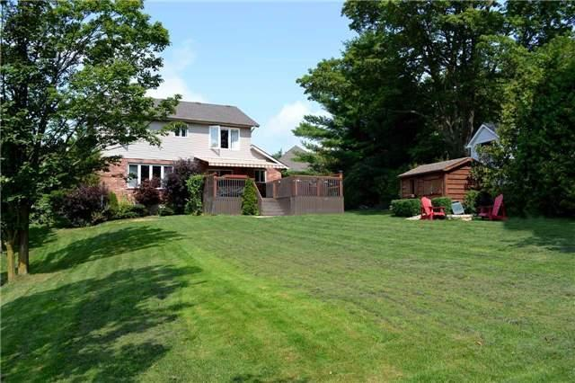 Detached at 11 Chele-Mark Rd, Woodstock, Ontario. Image 4