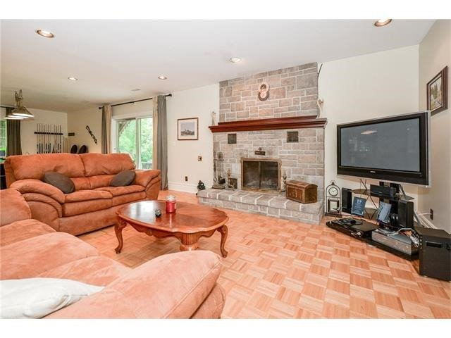 Detached at 113 Cobblestone Pl, Guelph/Eramosa, Ontario. Image 10