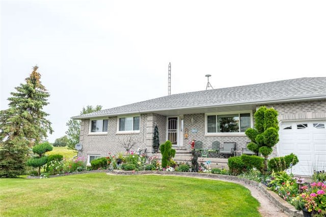 Detached at 1126 Elm Tree Rd, Kawartha Lakes, Ontario. Image 1