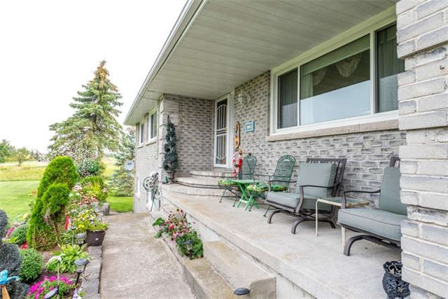Detached at 1126 Elm Tree Rd, Kawartha Lakes, Ontario. Image 11