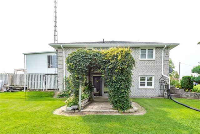 Detached at 1126 Elm Tree Rd, Kawartha Lakes, Ontario. Image 8
