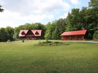 Detached at 3515 County Road 121, Kawartha Lakes, Ontario. Image 12