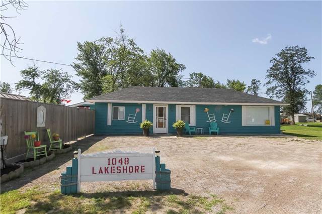 Cottage at 1048 Lakeshore Rd, Haldimand, Ontario. Image 1