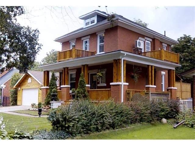 Detached at 129 Avondale Rd, Cambridge, Ontario. Image 1