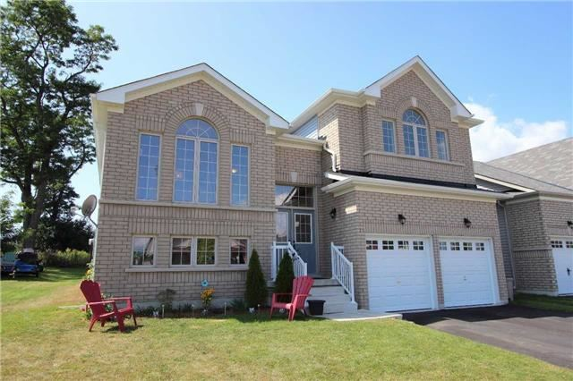 Detached at 2 White Dr, Port Hope, Ontario. Image 1