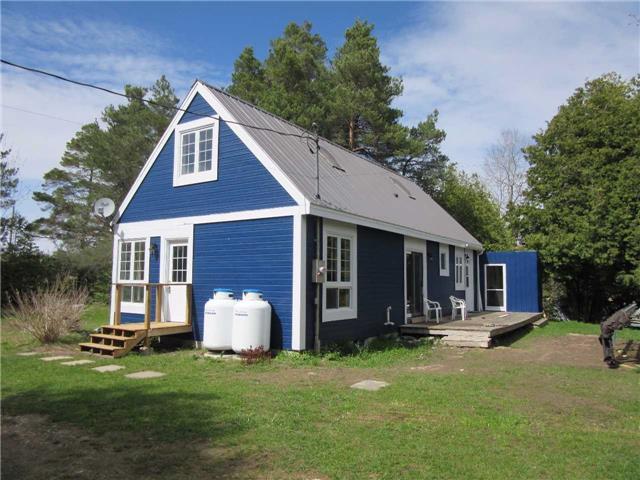 Detached at 121 Collingwood St, Grey Highlands, Ontario. Image 1