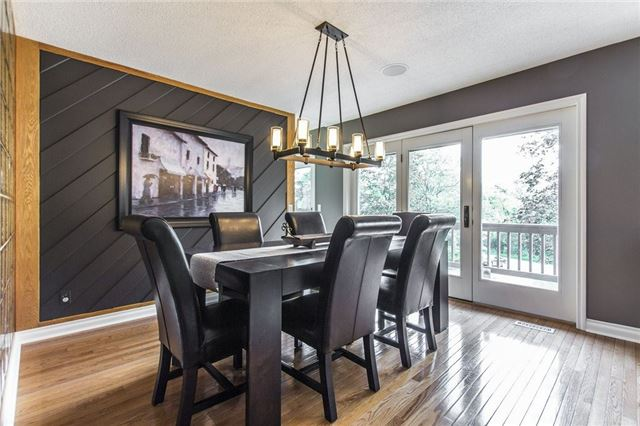 Detached at 1174 West River Rd, Cambridge, Ontario. Image 18