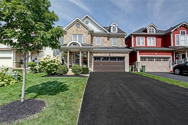 Detached at 15 Fiddlehead Cres, Hamilton, Ontario. Image 1