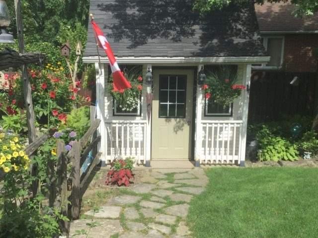Detached at 12642 Lanoue St, Tecumseh, Ontario. Image 8