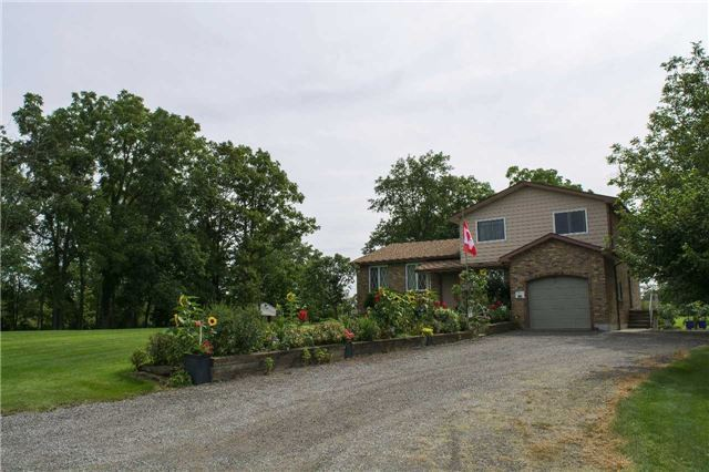 Detached at 5774 Valentino Rd, Lincoln, Ontario. Image 14