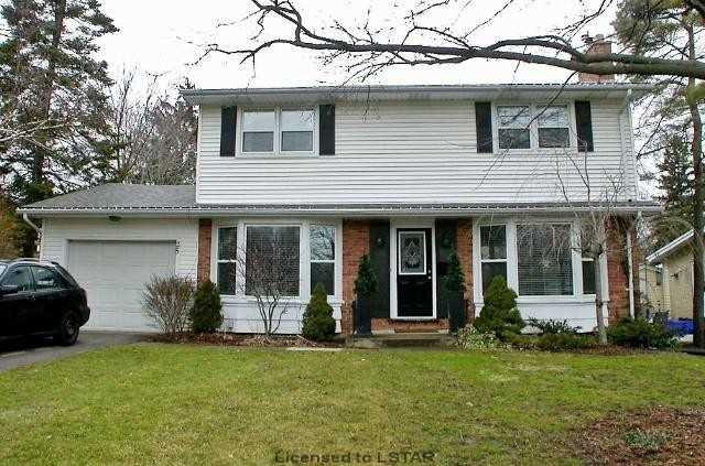 Detached at 25 Brentwood Cres, London, Ontario. Image 1