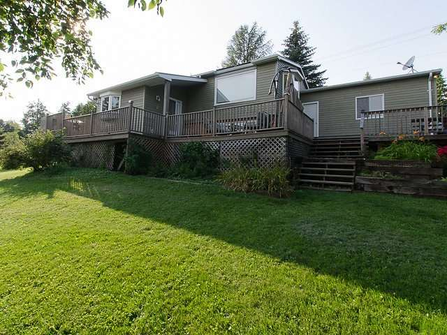 Detached at 10 Dell St, Mulmur, Ontario. Image 1