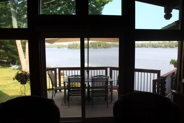 Cottage at 99 Healey Lake Water, The Archipelago, Ontario. Image 6