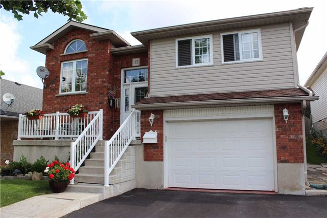Detached at 112 Castlewood Pl, Cambridge, Ontario. Image 1