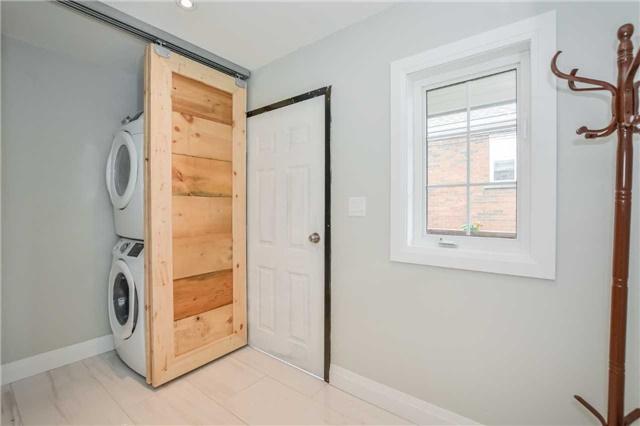 Duplex at 213 Strange St, Kitchener, Ontario. Image 16
