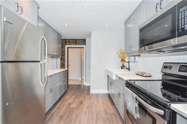 Duplex at 213 Strange St, Kitchener, Ontario. Image 20