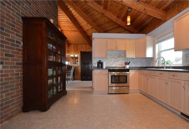 Detached at 3370 Wallace Point Rd, Otonabee-South Monaghan, Ontario. Image 11