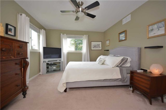 Detached at 3370 Wallace Point Rd, Otonabee-South Monaghan, Ontario. Image 14