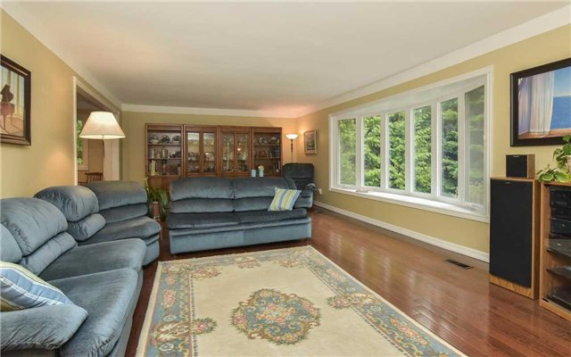 Detached at 714503 1st Line Ehs, Mono, Ontario. Image 12