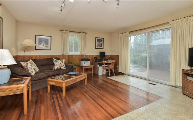 Detached at 714503 1st Line Ehs, Mono, Ontario. Image 16