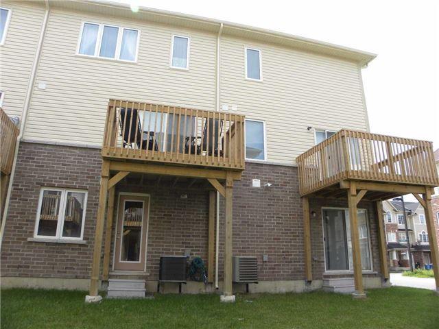 Townhouse at 36 Mayland Tr, Hamilton, Ontario. Image 13