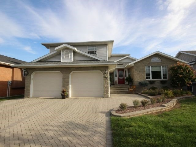 Detached at 29 Shawnee Crt, Leamington, Ontario. Image 1