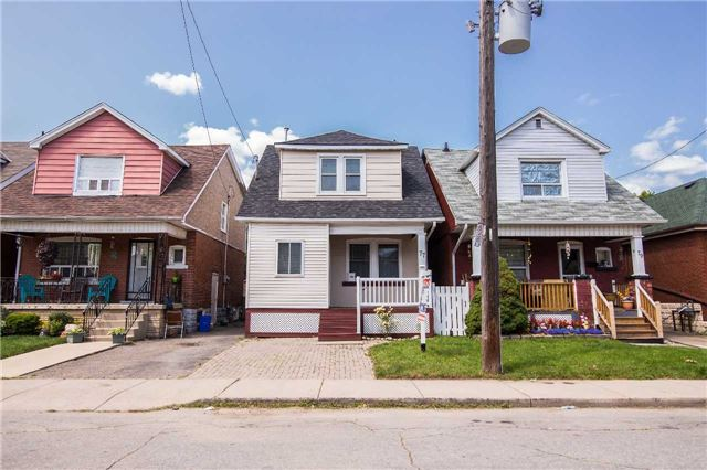 Detached at 77 Cameron Ave N, Hamilton, Ontario. Image 1