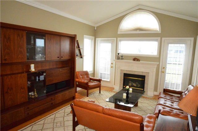 Townhouse at 75 Morris Tr, Welland, Ontario. Image 16