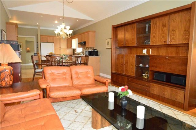 Townhouse at 75 Morris Tr, Welland, Ontario. Image 17