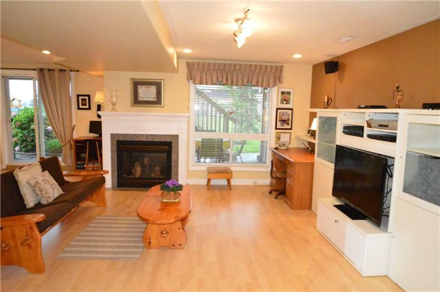 Townhouse at 75 Morris Tr, Welland, Ontario. Image 6