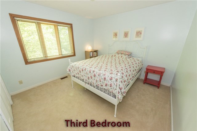 Detached at 5481 Tenth Line, Erin, Ontario. Image 5