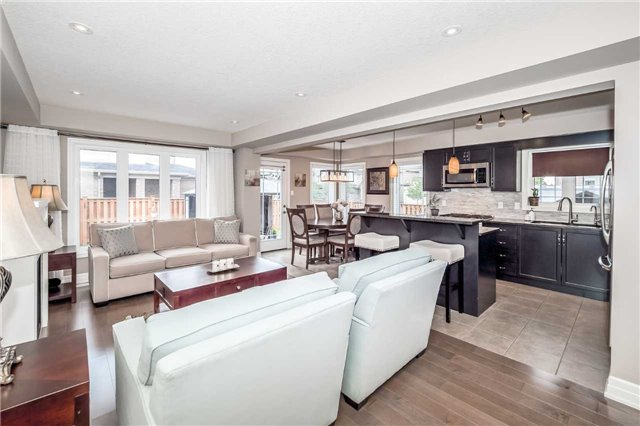 Detached at 231 Goodwin Dr, Guelph, Ontario. Image 12