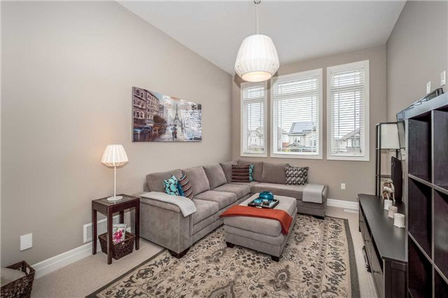 Detached at 231 Goodwin Dr, Guelph, Ontario. Image 18
