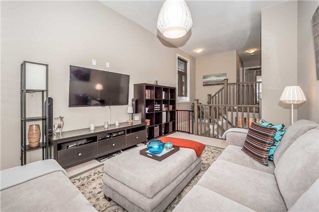 Detached at 231 Goodwin Dr, Guelph, Ontario. Image 19