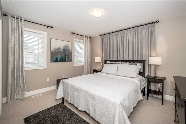 Detached at 231 Goodwin Dr, Guelph, Ontario. Image 20