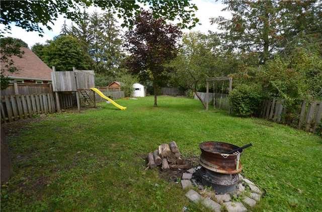 Detached at 36 Durham St W, Kawartha Lakes, Ontario. Image 7